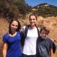 La reine Rania de Jordanie en randonnée avec ses enfants la princesse Salma et le prince Hashem, photo Instagram août 2017
