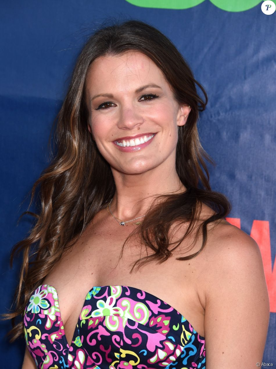 Melissa Claire Egan au CBS-CW-Showtime Summer TCA Press ...