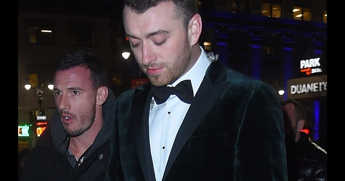 Sam Smith Arriv E Des People Au Concert Hommage E