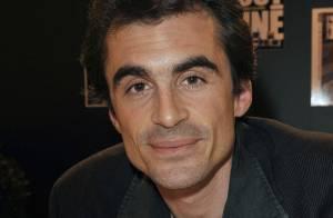 Le charmant Raphaël Enthoven, père du fils de Carla Bruni, a déchaîné les passions au Salon du livre !