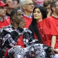Travis Scott et Kylie Jenner au match de basketball opposant les Rockets de Houston et les Thunder d'Oklahoma City au Toyota Center à Houston le 25 avril 2017