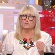 """Christine Bravo et Stéphane Bern dans """"C à vous"""" sur France 5. Le 13 février 2018."""