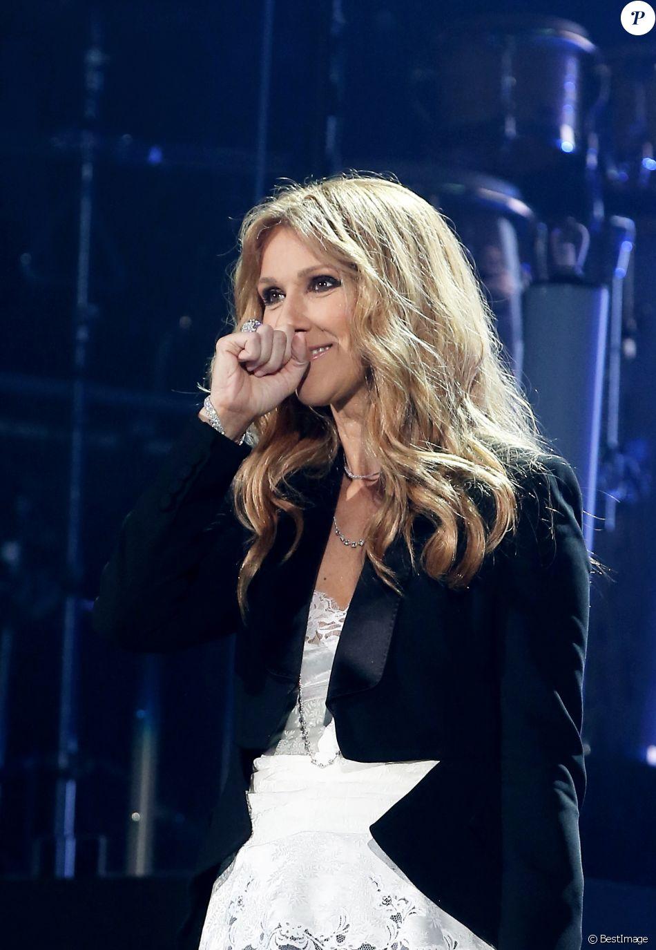Céline Dion en concert à l'AccorHotels Arena à Paris, le 24 juin 2016. © Dominique Jacovides/Bestimage