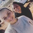 Pauline Ducruet, fille de la princesse Stéphanie de Monaco, et Schanel Bakkouche en janvier 2018 dans le désert de l'Utah pour préparer le Rallye Aïcha des Gazelles 2018, photo Instagram.