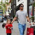 Mark Wahlberg et sa fille Ella Rae, 5 ans, reviennent de chez American Girl, à Los Angeles