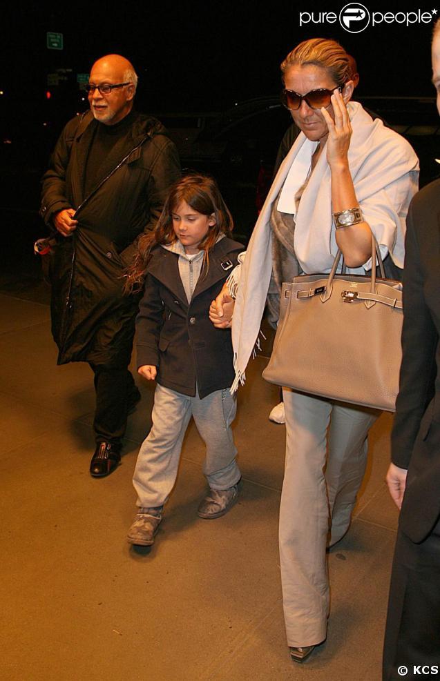 Céline Dion, son mari René et leur fils René-Charles à New York. 20/03/09