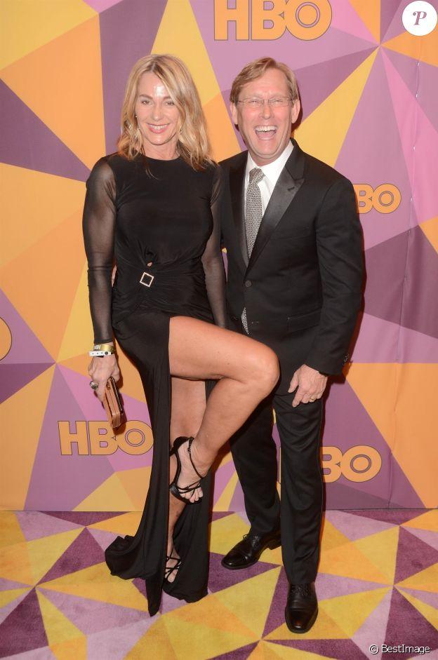 Nadia Comaneci et son époux Bart Conner au photocall de la soirée HBO pour les Golden Globes after au restaurant Circa 55 de l'hôtel Hilton à Beverly Hills le 7 janvier 2018.