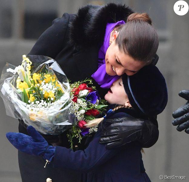 La princesse Victoria, accompagnée par son mari le prince Daniel et leur fille la princesse Estelle, célébrait le 12 mars 2018 avec le public la saint Victoria dans la cour intérieur du palais royal Drottningholm, à Stockholm.