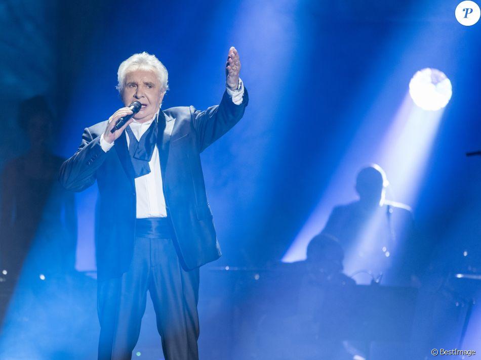 """Exclusif - Michel Sardou en concert à la Seine Musicale pour sa dernière tournée """"La dernière danse"""" à Boulogne-Billancourt. Le 26 décembre 2017. © Pierre Perusseau / Bestimage"""