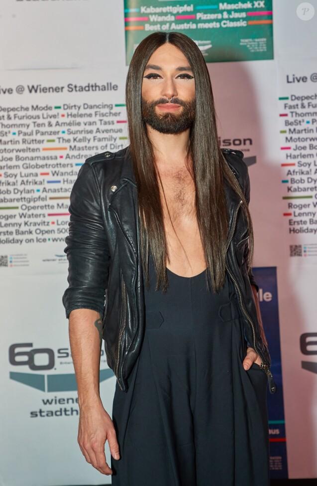 """Conchita Wurst lors de la présentation de """"Im Scheinwerferlicht"""" à Vienne. Le 30 janvier 2018."""