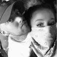 Ariana Grande et Mac Miller amoureux, photo Instagram avril 2017. Le couple s'est séparé au printemps 2018 après un peu moins de deux années de romance.