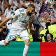 L'attaquand du Real Madrid Karim Benzema célèbre après avoir marqué un but - Le Real Madrid en finale de la Ligue des champions après son match nul (2-2) contre le Bayern Munich au stade Santiago-Bernabéu à Madrid, Espagne, le 1er mai 2018.