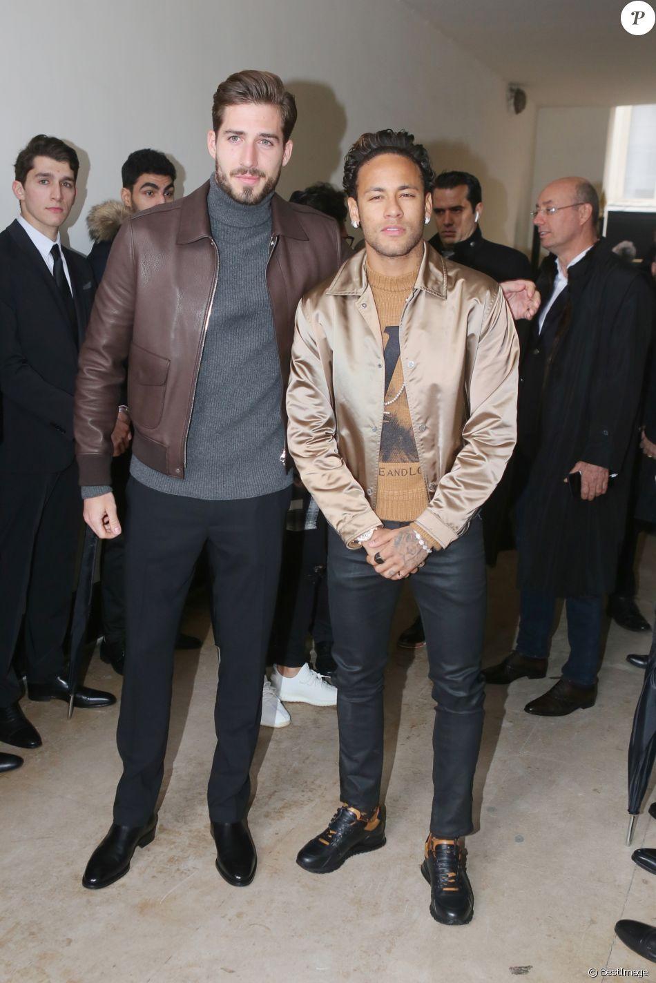 ¿Cuánto mide Neymar? - Altura y peso - Real height 4042984-kevin-trapp-et-neymar-jr-arrivees-au-d-950x0-1