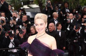 Cannes 2018 : Emilia Clarke, resplendissante devant Solo et son fidèle ami poilu