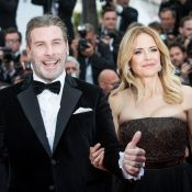 John Travolta, 64 ans, se déhanche et danse devant Kelly Preston