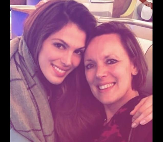 Iris Mittenaere et sa maman Laurence en avril 2018.