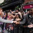 Le prince Harry est allé à la rencontre du public de manière inopinée dans les rues de Windsor le 18 mai 2018, à la veille de son mariage avec Meghan Markle.