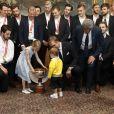 La princesse Estelle et le prince Oscar de Suède se joignaient à leurs parents la princesse héritière Victoria et le prince Daniel ainsi qu'à leur oncle le prince Carl Philip le 21 mai 2018 au palais royal à Stockholm lors d'une réception pour fêter le titre de champions du monde des hockeyeurs suédois.