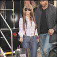 Beyoncé, top tendance avec son look décalé ! En plein shopping, le 5 avrl 2009