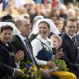 Le roi Carl Gustav de Suède, la reine Silvia, Urban Ahlin, la princesse Victoria, la princesse Estelle, le prince Daniel - La famille royale de Suède assiste à la fête nationale dans les jardins du musée Skansen à Stockholm le 6 juin 2018.  Sweden's National Day celebrations at Skansen, Stockholm, Sweden 2018-06-0606/06/2018 - Stockholm