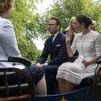 La princesse Victoria de Suède et son mari le prince Daniel étaient en visite au palais de Stromsholm à l'occasion de la Fête nationale suédoise le 6 juin 2018.