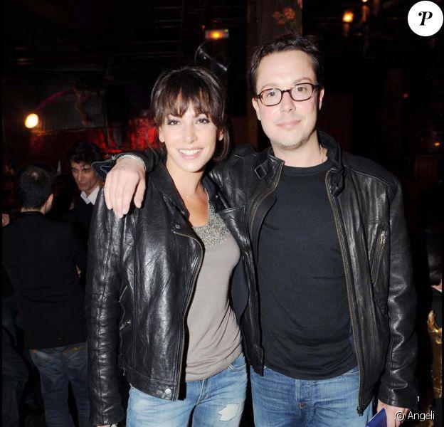 Noémie Elbaz et Davy Sardou fêtent l'anniversaire de Françoise Ménidrey au Réservoir, à Paris, le 10 avril 2009.