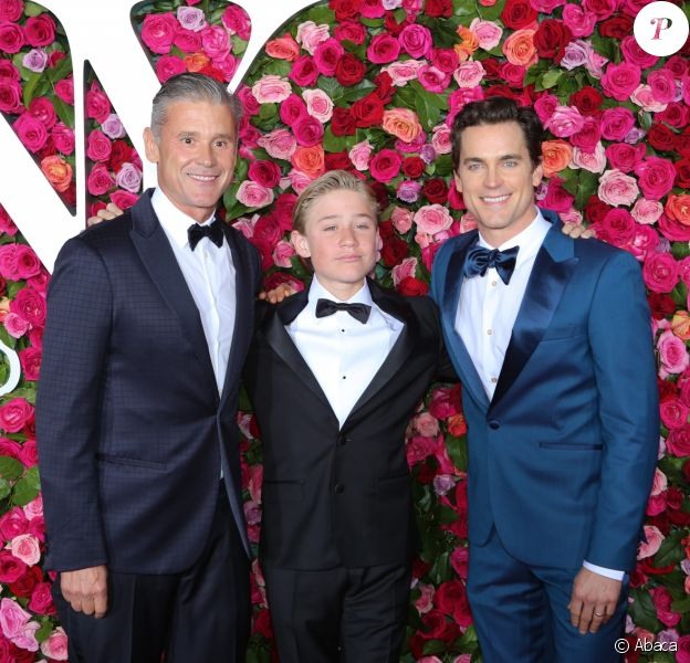 Simon Halls, Kit Halls et Matt Bomer à la cérémonie des Tony Awards, au Radio City Music Hall de New York, le 10 juin 2018