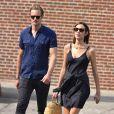 Exclusif - Alexander Skarsgard se promène avec sa compagne Alexa Chung et sa mère My Skarsgard dans la rue à New York, le 29 juillet 2016.