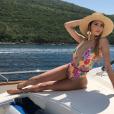 Nabilla divine en bikini Revolve, début juin 2018 au Monténégro.