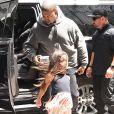 Kanye West a offert à sa fille North West un poisson rouge pour ses cinq ans à New York le 15 juin 2018.