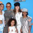 Phoenix Gulzar, Mel B (Melanie Brown), Angel Murphy Brown, Gisell et Madison Brown Belafonte à la soirée Nickelodeon's 2018 Kids' Choice Awards à Inglewood, le 24 mars 2018