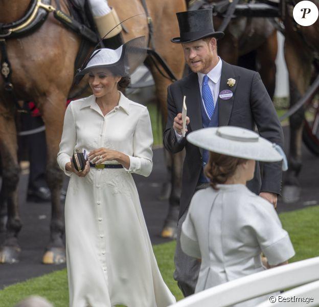Meghan Markle, duchesse de Sussex, et le prince Harry, duc de Sussex - La famille royale d'Angleterre à son arrivée à Ascot pour les courses hippiques. Le 19 juin 2018