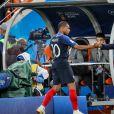 Kylian Mbappé, Didier Deschamps lors du match de coupe du monde opposant la France au Pérou au stade Ekaterinburg à Yekaterinburg, Russie, le 21 juin 2018. La France a gagné 1-0. © Cyril Moreau/Bestimage 2018