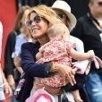 Laura Tenoudji (la femme de Christian Estrosi) et sa fille Bianca lors du Grand Prix de France de formule 1 sur le circuit du Castellet le 24 juin 2018. © Bruno Bebert / Bestimage Merci de flouter l'enfant lors de la publication, web et print 24/06/2018 - Le Castellet