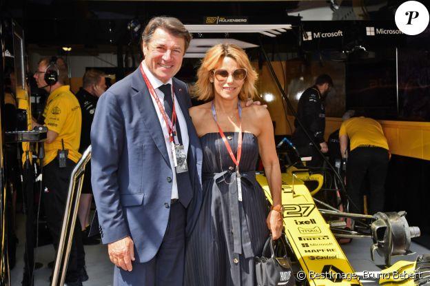 Christian Estrosi, le maire de Nice, et sa femme Laura Tenoudji dans les paddocks lors du 76e Grand Prix de Formule 1 de Monaco, le 26 mai 2018. © Bruno Bebert/Bestimage