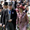 Le prince Richard, duc de Gloucester, et sa femme Brigitte, duchesse de Gloucester, lors de la 2e journée des courses hippiques au Royal Ascot le 21 juin 2017.