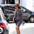 Exclusif - Pippa Middleton , enceinte, se promène dans les rues de Londres le 15 juin 2018.