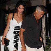 Amal Clooney : Sublime en robe courte pour un dîner intime avec George