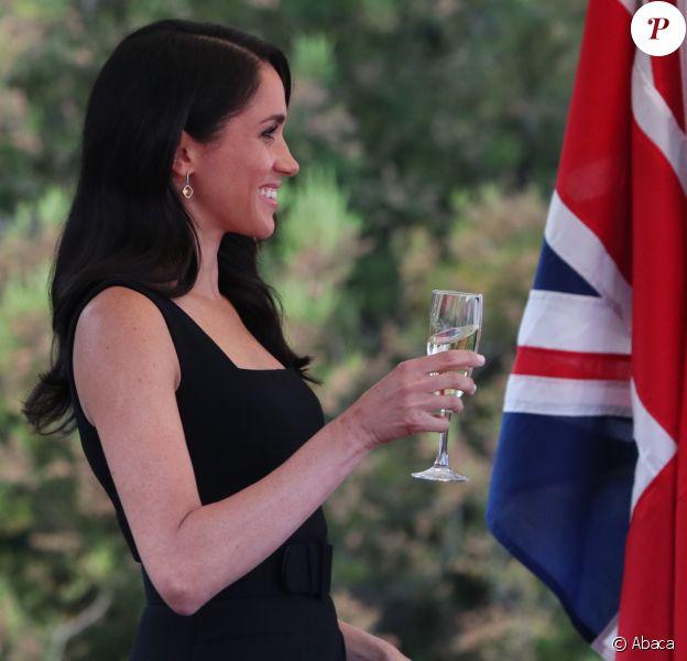 Le prince Harry et Meghan Markle lors d'une soirée d'été organisée à l'ambassade du Royaume-Uni à Dublin, en Irlande, le 10 juillet 2018.