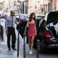 Semi-exclusif - Emily Ratajkowski se rend à son hôtel à Paris le 3 juillet 2018.