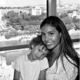 Chloé Mortaud et son fils Matis à la Tour Eiffel, le 4 juin 2018.