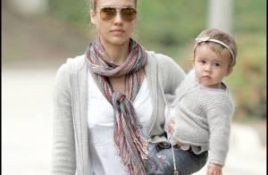 Jessica Alba s'est défoulée sur son jean et son adorable fille... est déprimée !