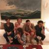 Mick Jagger pose avec ses quatre fils, dont le petit Deveraux, 19 mois