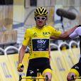 Chris Froome avec son coéquipier Geraint Thomas, maillot jaune, lors de l'arrivée finale du Tour de France sur les Champs-Elysées à Paris le 29 juillet 2018. © Pierre Perusseau/Bestimage