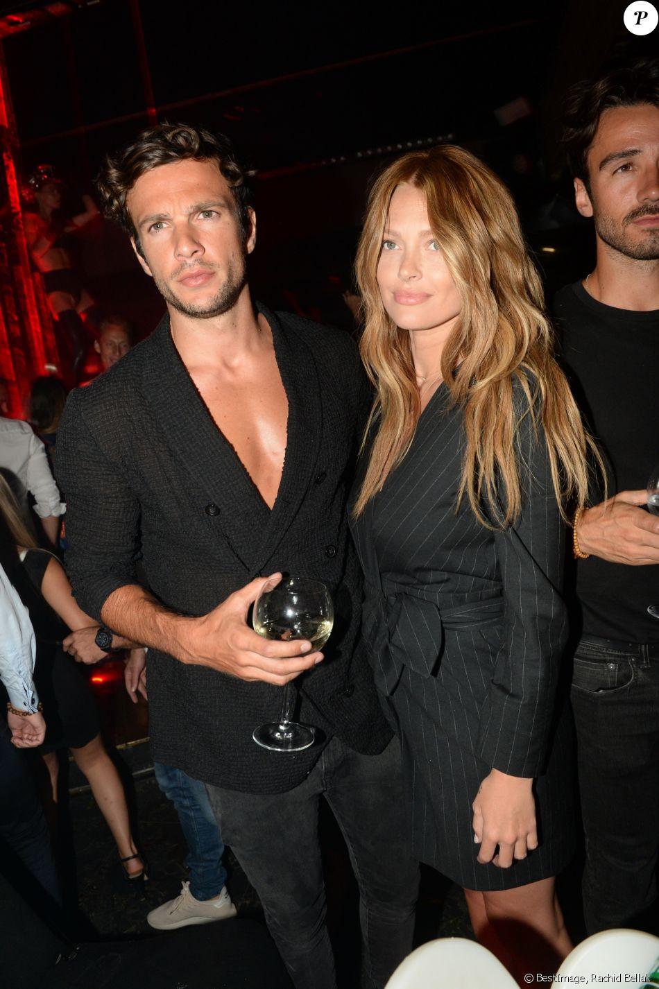 Exclusif - Caroline Receveur et son fiancé Hugo Philip au VIP Room à Saint-Tropez. Le 10 août 2018 © Rachid Bellak / Bestimage