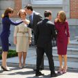 Carla Bruni, la reine Sofia, le prince Felipe, Nicolas Sarkozy et Letizia, au Palais Zarzuela de Madrid, le 27 avril 2009 !