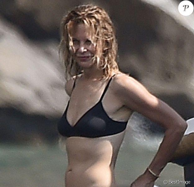 Exclusif - Meg Ryan profite de jolies vacances avec une amie sous le soleil de Portofino en Italie. Le 6 août 2018