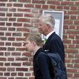 Le roi Philippe de Belgique a accompagné son fils le prince Emmanuel pour la rentrée des classes à l'école Eureka de Kessel-Lo à Louvain, le 3 septembre 2018.