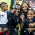 Blaise Matuidi et ses enfants Eden, Myliane et Naëlle - Finale de la Coupe du Monde de Football 2018 en Russie à Moscou, opposant la France à la Croatie (4-2). Le 15 juillet 2018 © Moreau-Perusseau / Bestimage