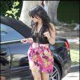 Vanessa Hudgens arrive chez des amis pour un déjeuner, le 30 avril 2009, à Los Angeles !